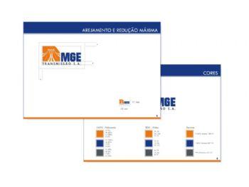Mais alguns exemplos do manual de aplicação da marca.
